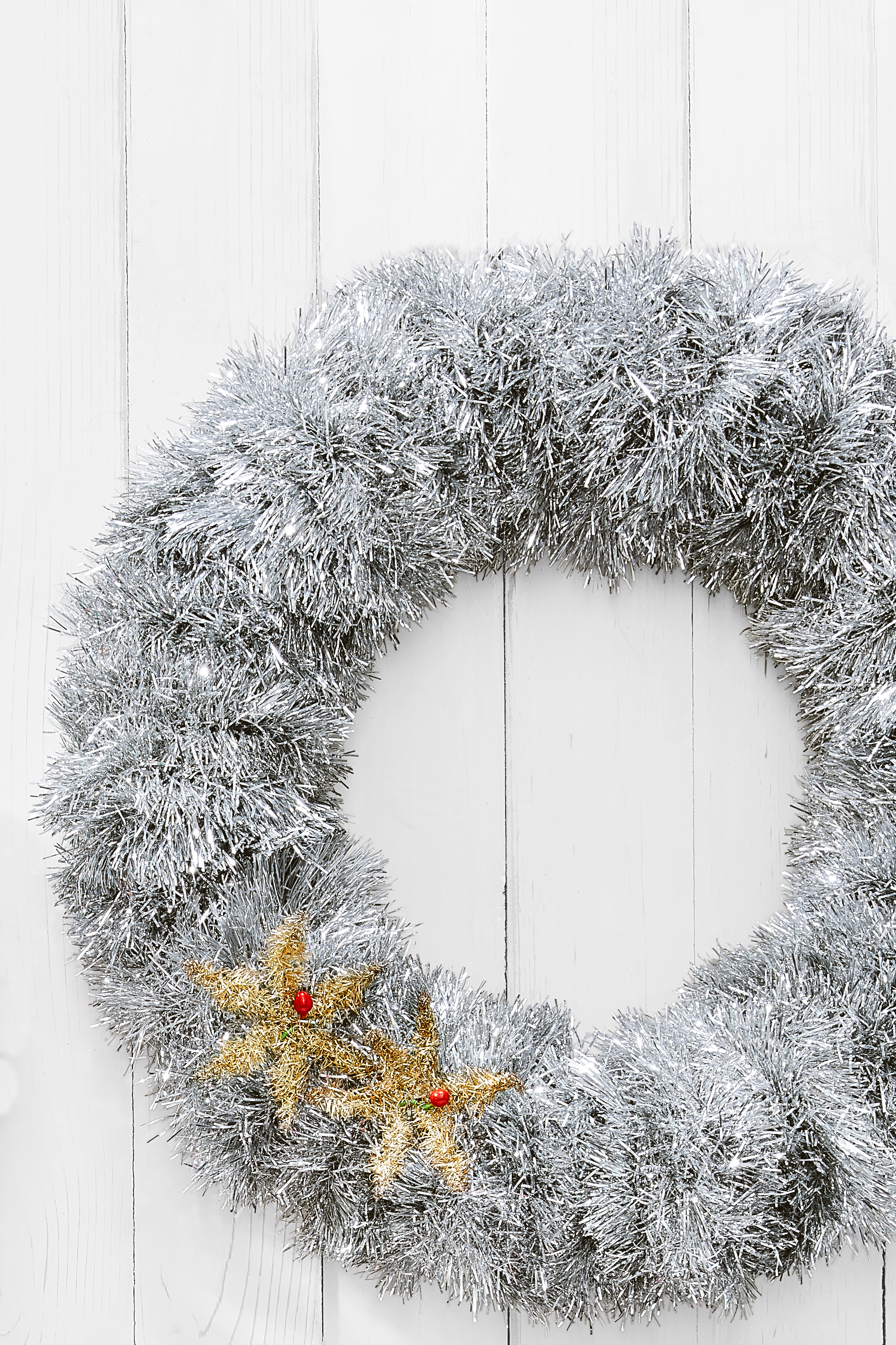 65 diy christmas wreath ideas how to make holiday wreaths crafts