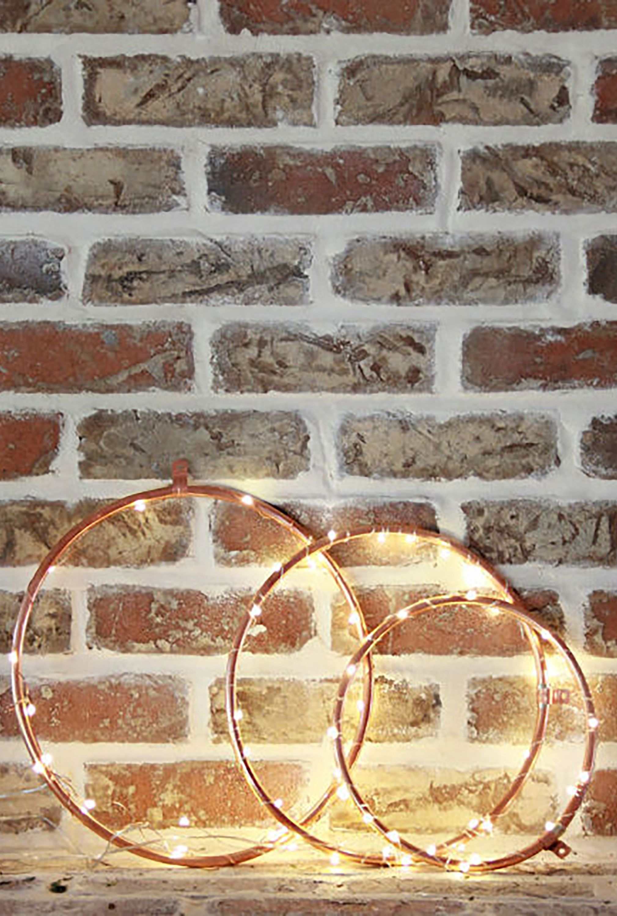 What Can I Use To Attach Christmas Lights To Brick 24 ways to decorate your home with christmas lights