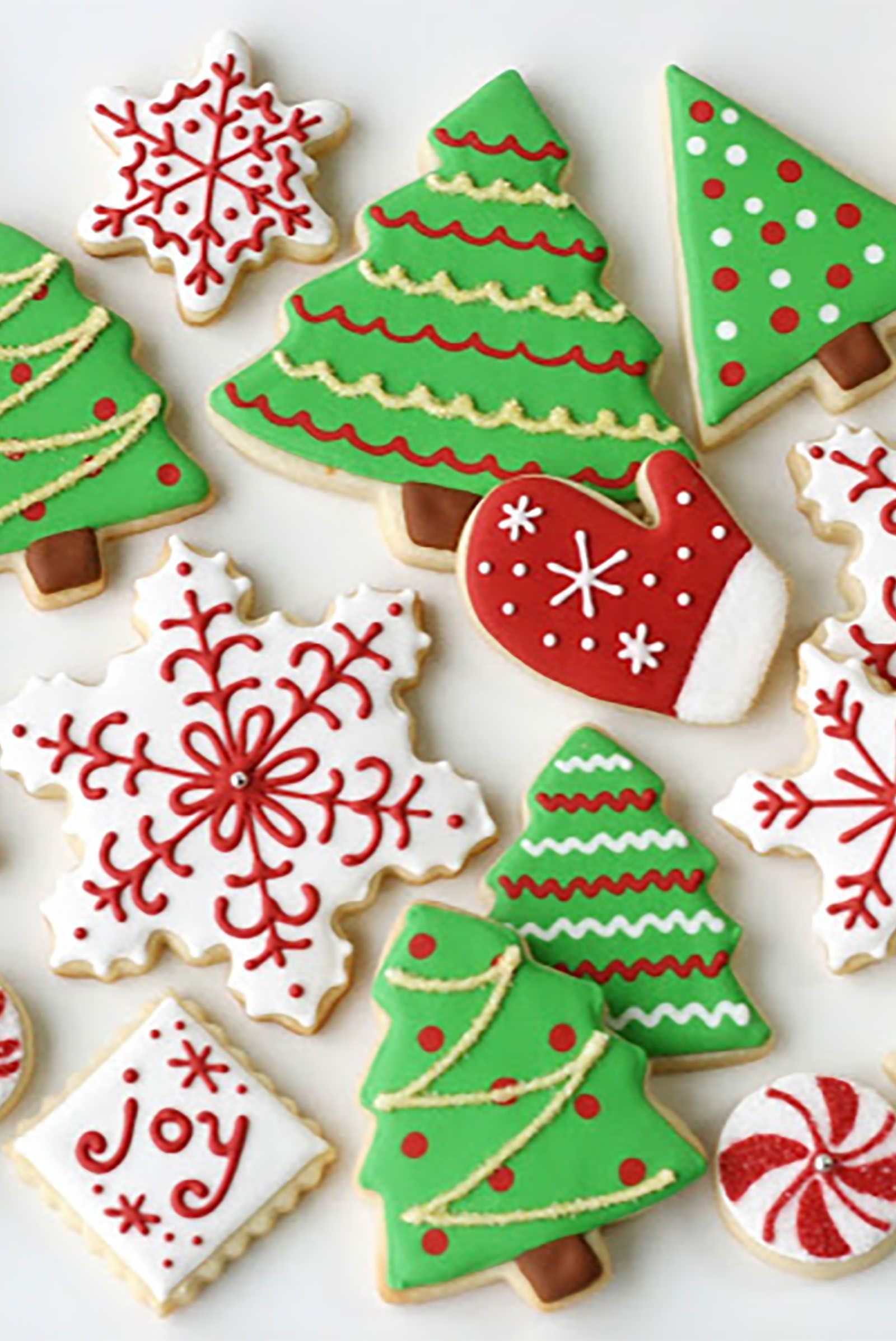 44 easy christmas sugar cookies recipes decorating ideas for holiday sugar cookies - How To Decorate Christmas Cookies