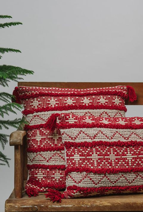 Red, Textile, Maroon, Furniture, Linens, Cushion, Room, Pattern, Quilt, Interior design,