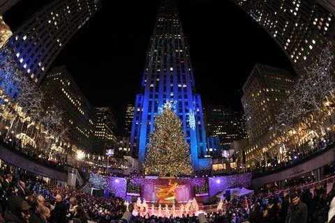 Lighting, Landmark, Crowd, Light, Metropolitan area, Christmas lights, Fisheye lens, Sky, Event, Christmas decoration,