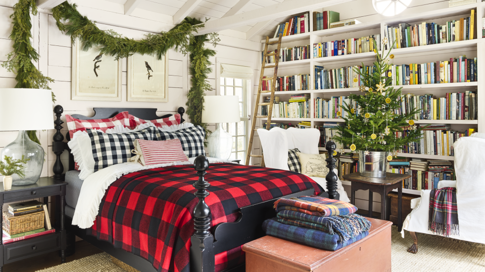 25 Best Christmas Bedroom Decor Ideas , Holiday Bedroom