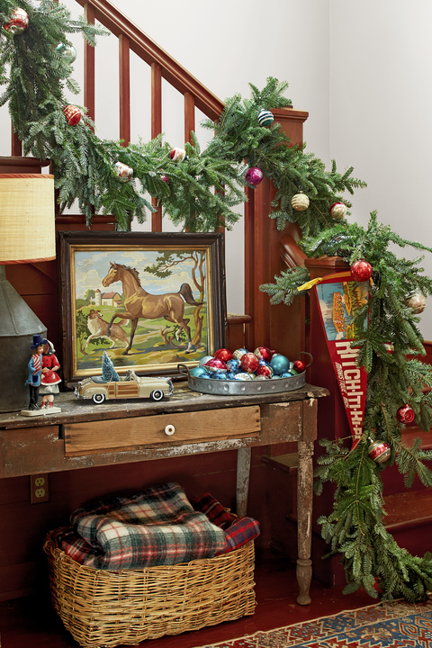 farmhouse entryway christmas decorations