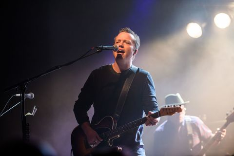 Jason Isbell doesn't like popular country music