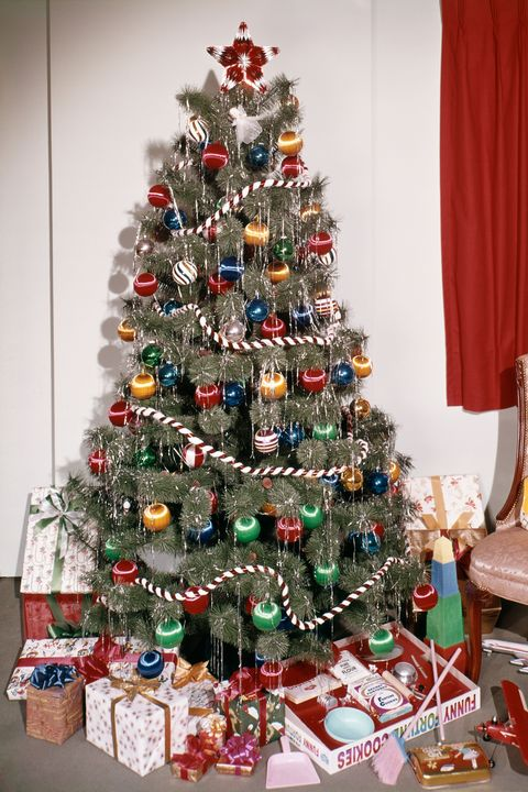vintage christmas tree with tinsel - Christmas Tree Decorated With Vintage Ornaments