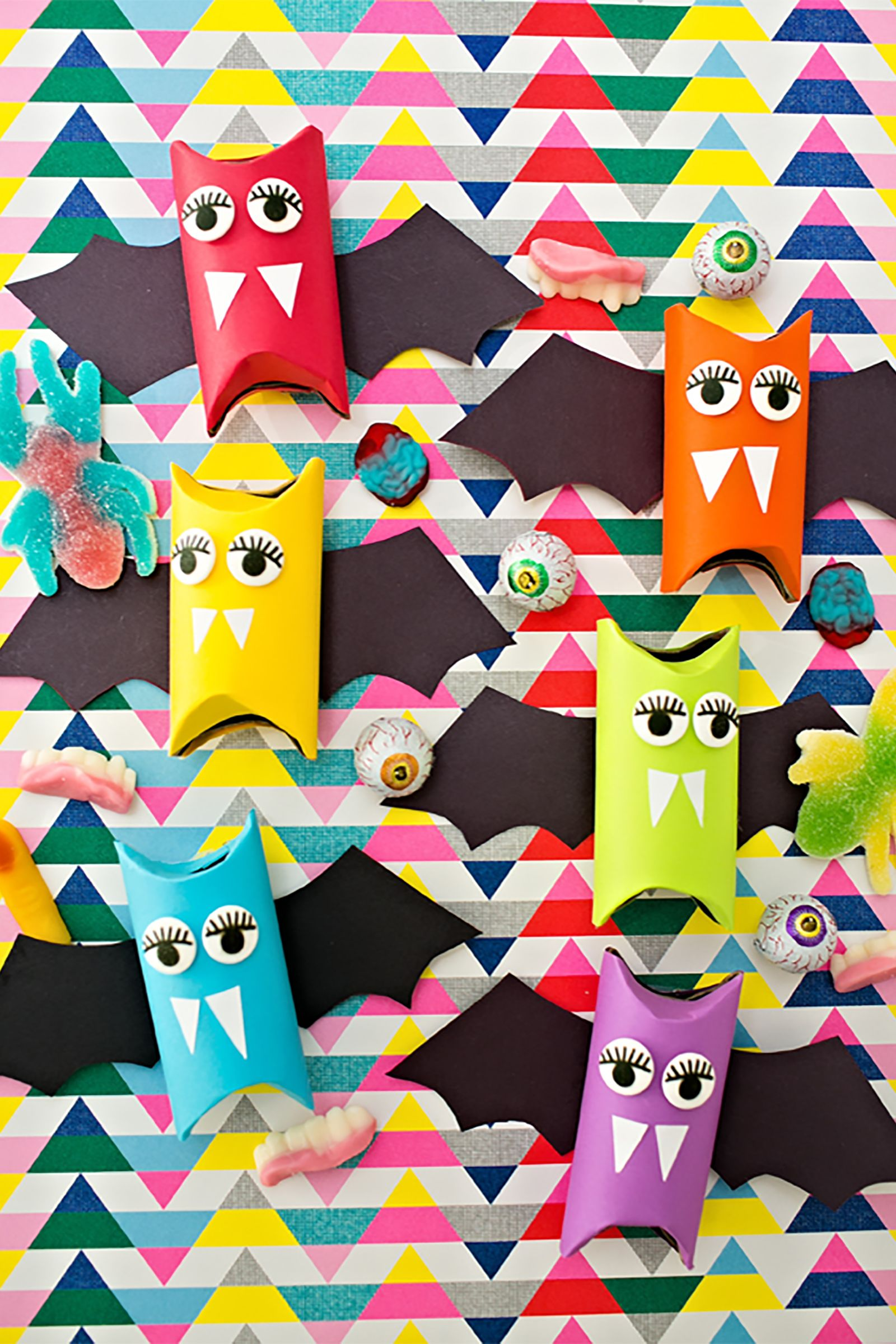 30 Easy Halloween Crafts For Kids Fun Diy Halloween Decorations