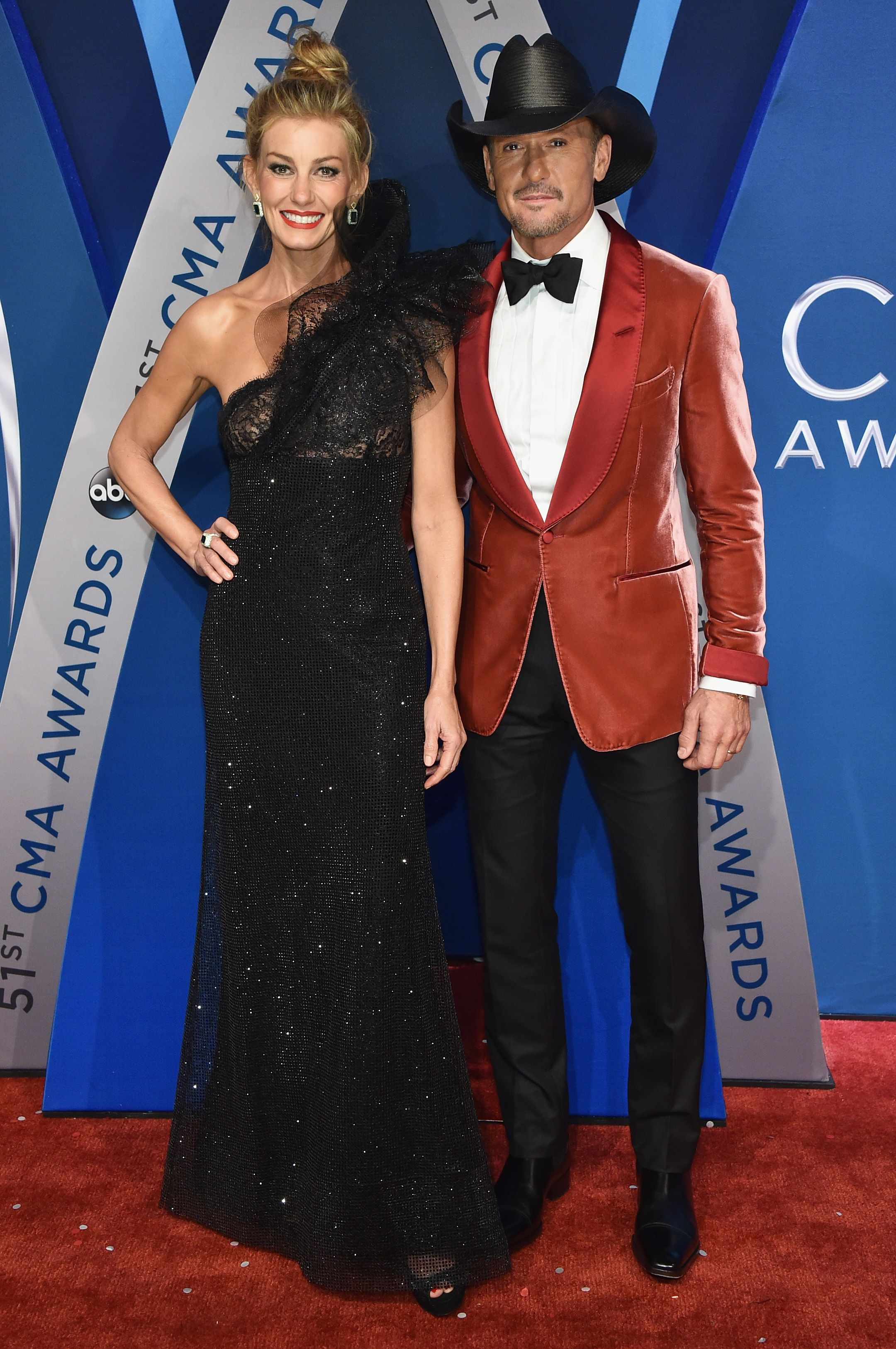 Tim Mcgraw And Faith Hill In Swimsuits Haters Are Shaming Faith