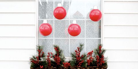 oversized outdoor christmas ornaments diy - Christmas Window Decorations