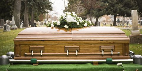 Grass, Tree, Furniture, Funeral, Table, Wood, Ceremony, Architecture, House, Coffin,