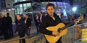 sturgill simpson cma awards 2017 busking