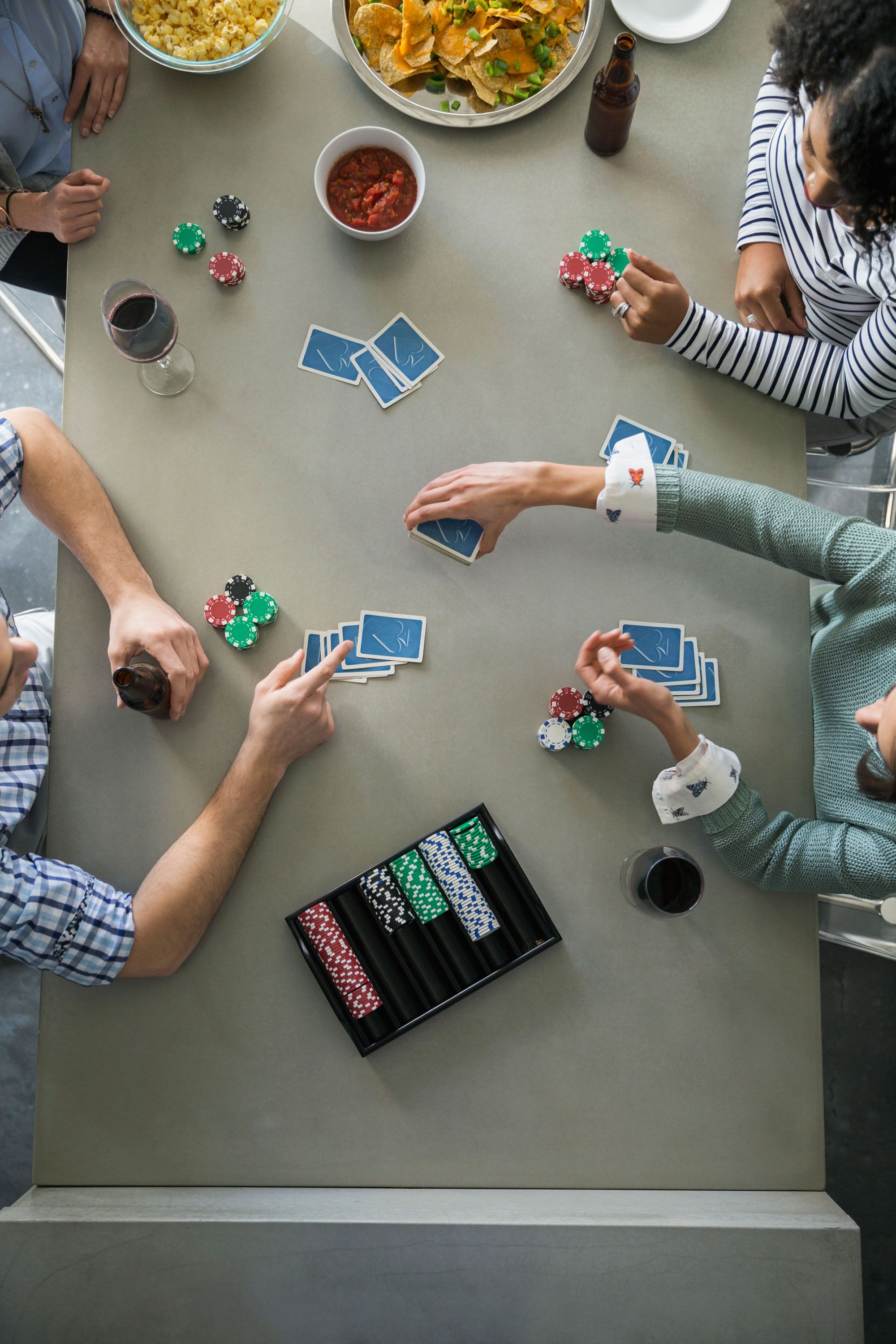 new year's eve party ideas poker night