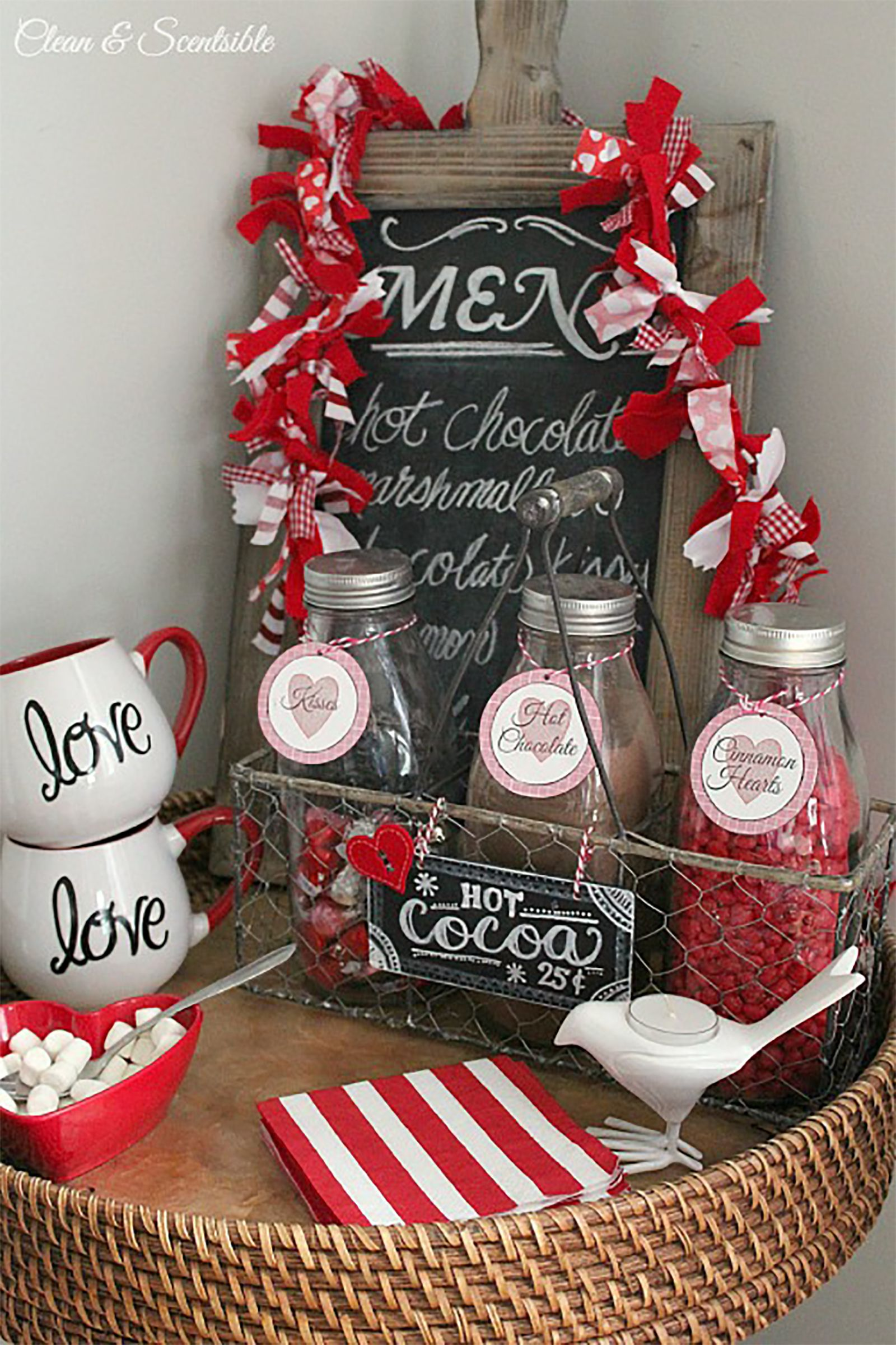 18 sweet and simple diy valentines day decorations valentine decor - Valentines Day Decor