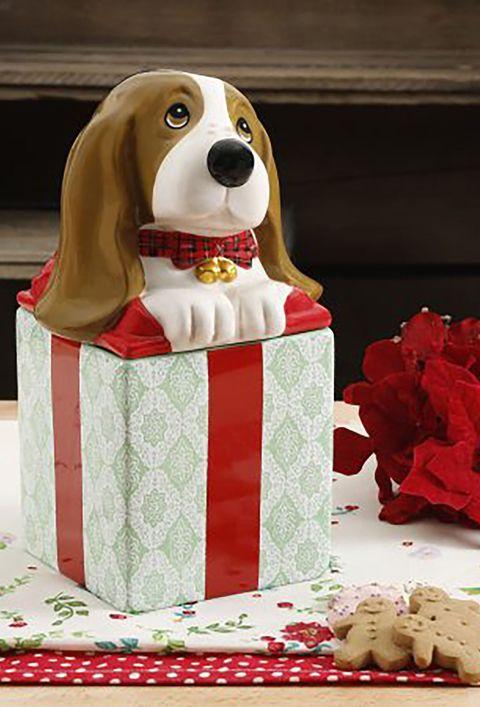 Dog, Canidae, Basset hound, Carnivore, Cake, Cake decorating, Dog breed, Fondant, Sporting Group, Dessert,