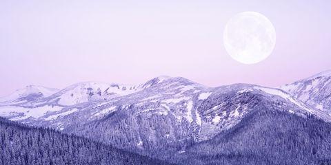 Sky, Mountainous landforms, Moon, Mountain, Mountain range, Atmospheric phenomenon, Natural landscape, Atmosphere, Celestial event, Wilderness,