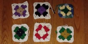 alzheimer's patient's crocheting shows progression of disease
