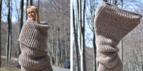 Wool, Woolen, Sweater, Knitting, Outerwear, Glove, Textile, Tree, Beige, Neck,