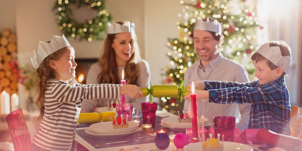 ed804897c5671 British Christmas Crackers and Crowns - Why Do Brits Wear Crowns on  Christmas