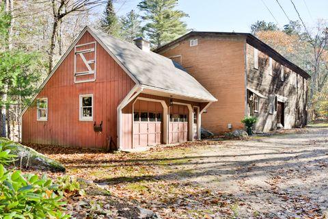 Property, House, Building, Cottage, Shack, Home, Roof, Shed, Real estate, Rural area,