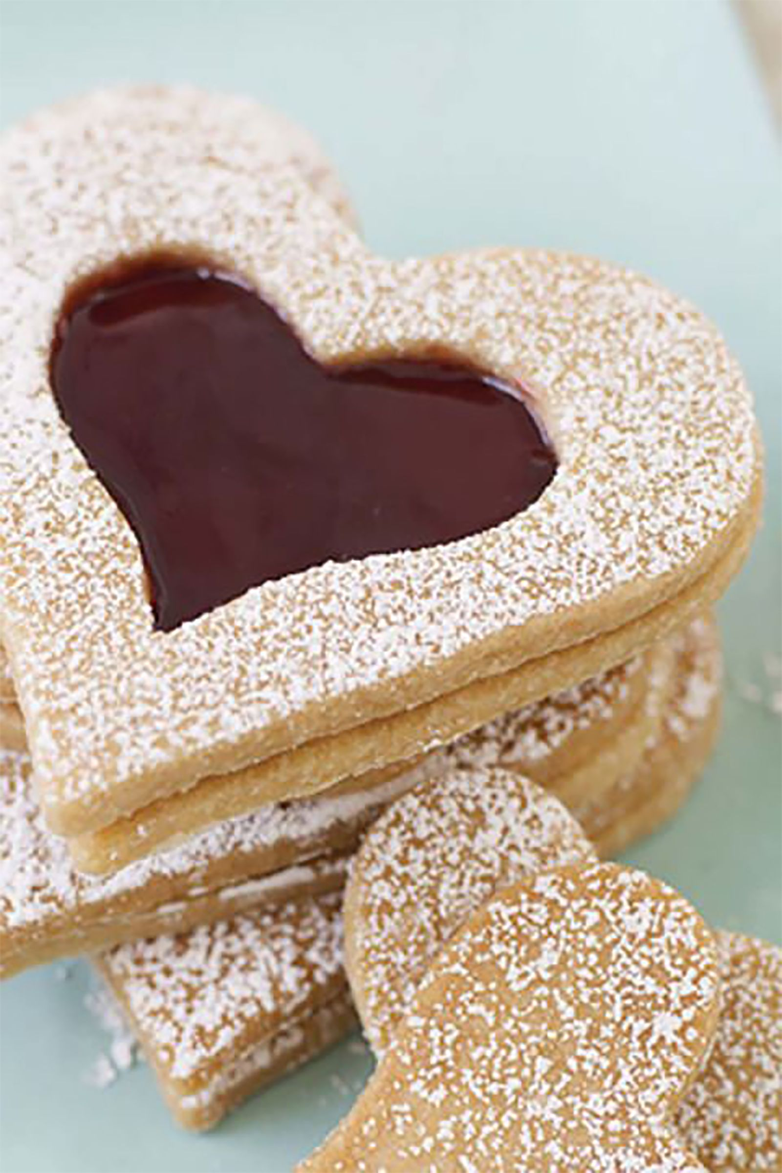 27 Best Heart Shaped Cookies Desserts Valentine S Day Treats