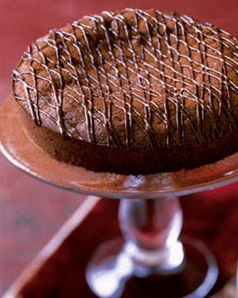 food, dish, cuisine, chocolate cake, dessert, baked goods, ingredient, flourless chocolate cake, torte, baking,