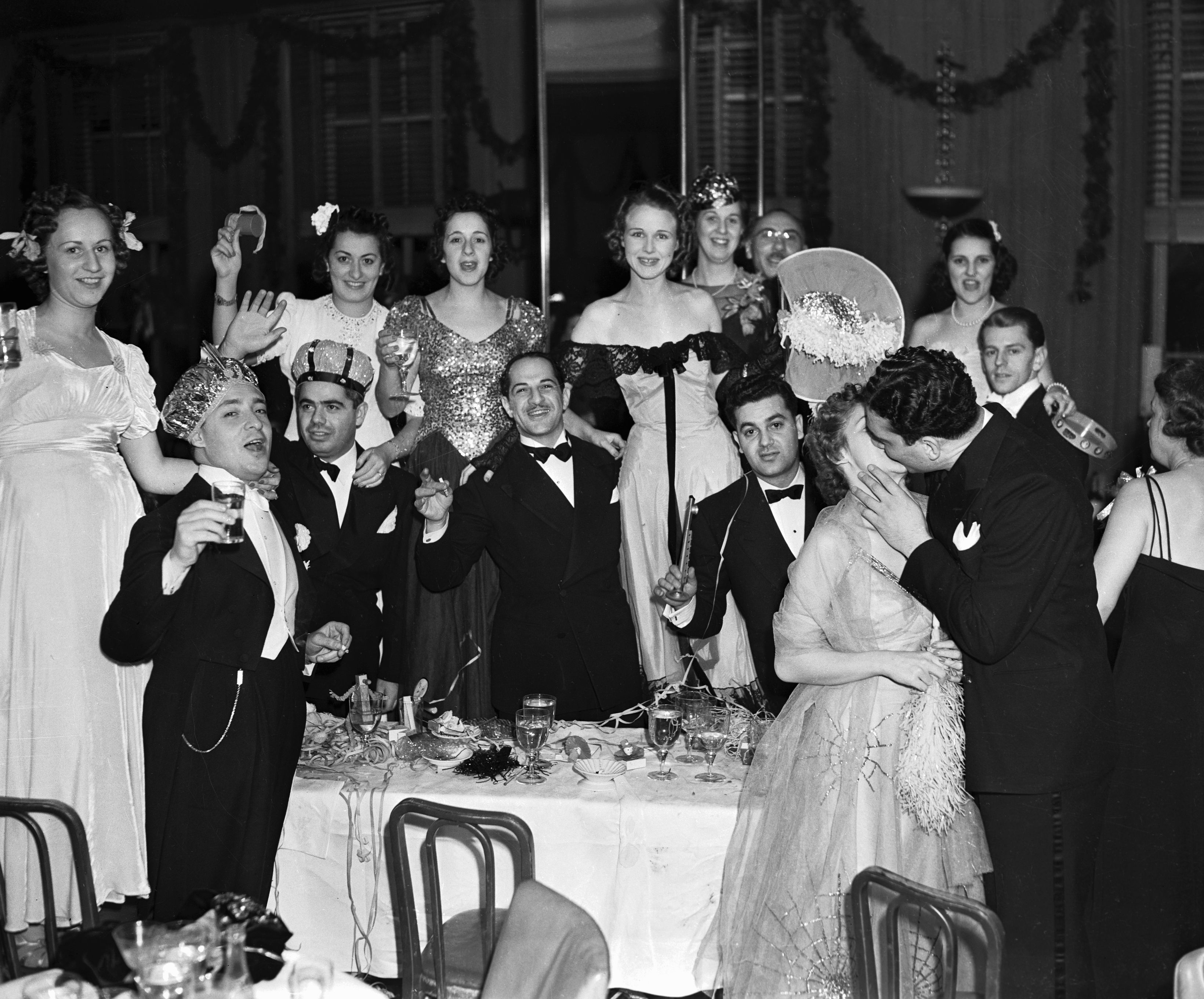 14 classic new years eve traditions best traditional new year activities
