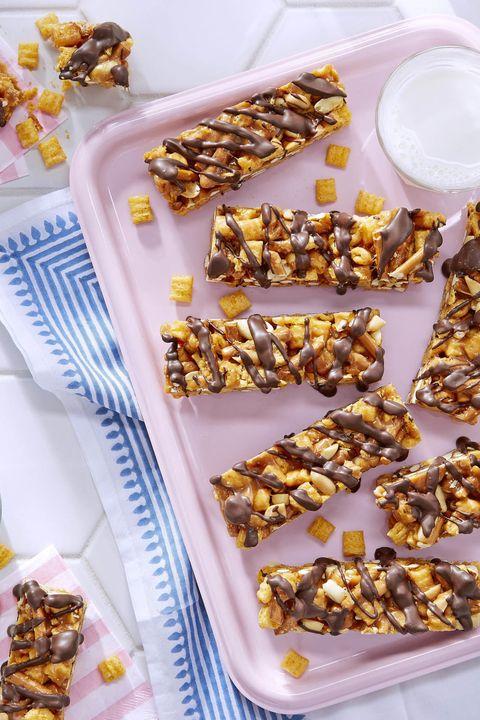 peanutty cap'n crunch candy bars