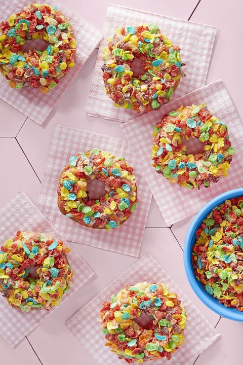 fruity pebbles doughnuts