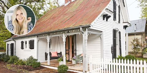Peek Inside This Historic 1890s Tennessee Cottage