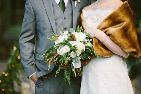 winter wedding ideas, winter wedding bouquet ideas