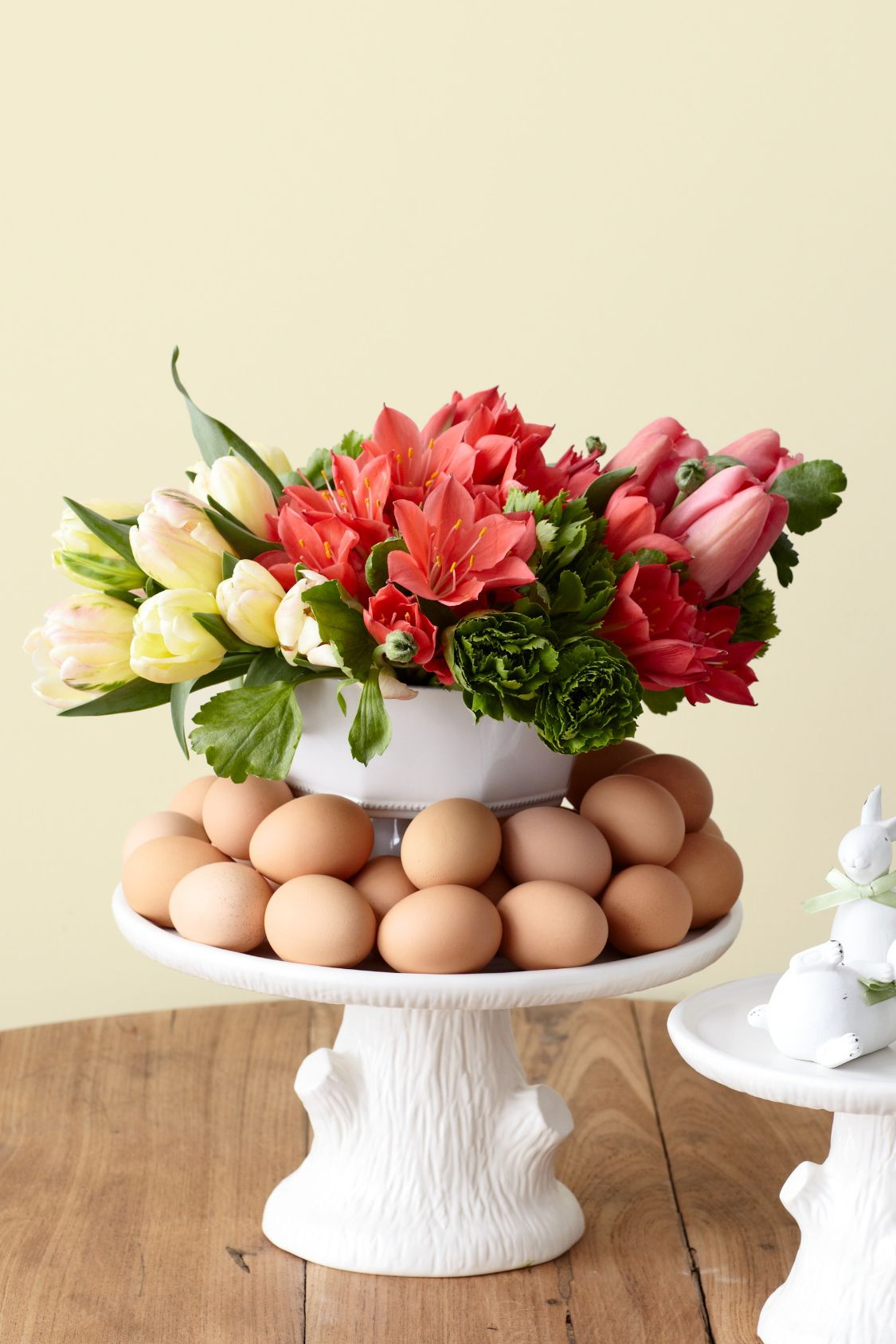 easter tulip arrangement