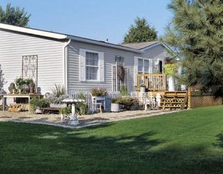 exterior of doublewide mobile home