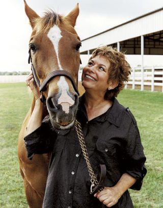 chris hallman with her horse bandit