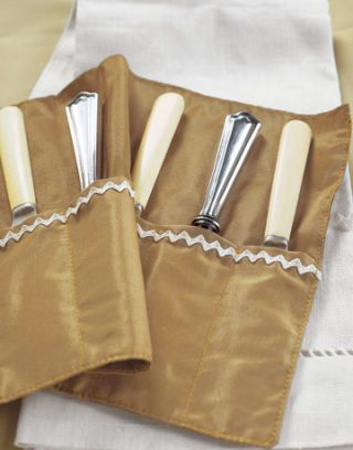 Knife-Holder-Fabric-Rickrack-CRAFTPROJ1106