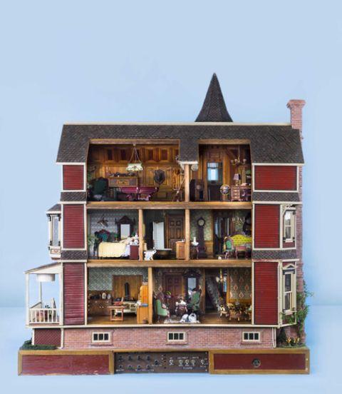 - Antique Dollhouses - Dollhouse Furniture