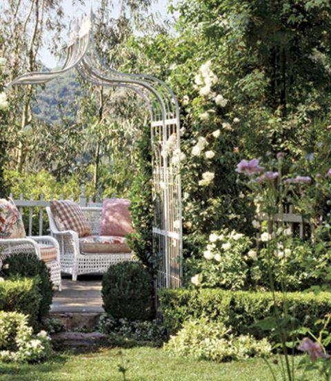 arbor roses garden