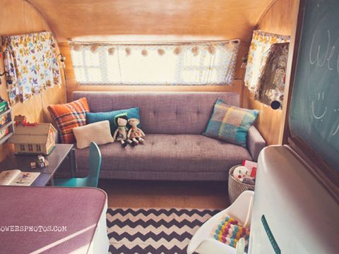 Room, Brown, Interior design, Living room, Couch, Furniture, Wall, Teal, Home, Turquoise,