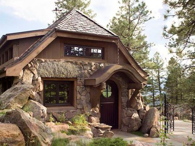 Look Inside This Tiny Mountain Home Small Cottages