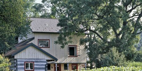 Converted Barn Is a Cozy Home