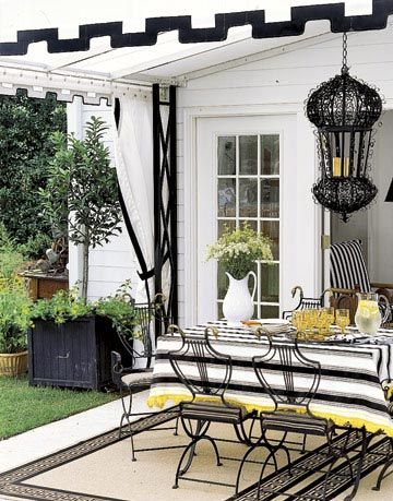 black and white outdoor room