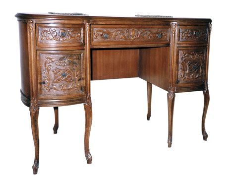 Kneehole desk - Antique Kneehole Desks: What Is It? What Is It Worth?