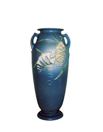 Roseville Pottery Vase What Is It What Is It Worth