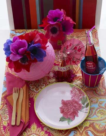 pink table setting & Summer Party Decorations - Creative Table Settings