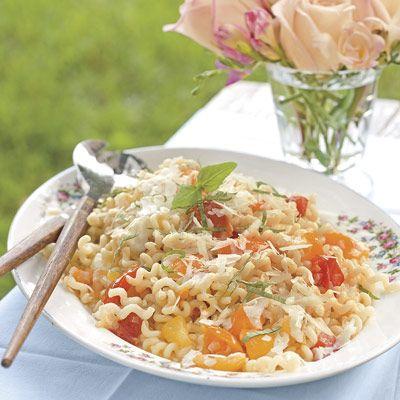 pasta with garden tomatoes and fresh mozzarella