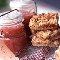 rhubarb pecan oatmeal bars