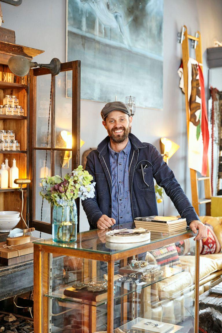 Top 15 Stunning Kitchen Design Ideas Plus Their Costs: Rod Hipskind Vintage Decor