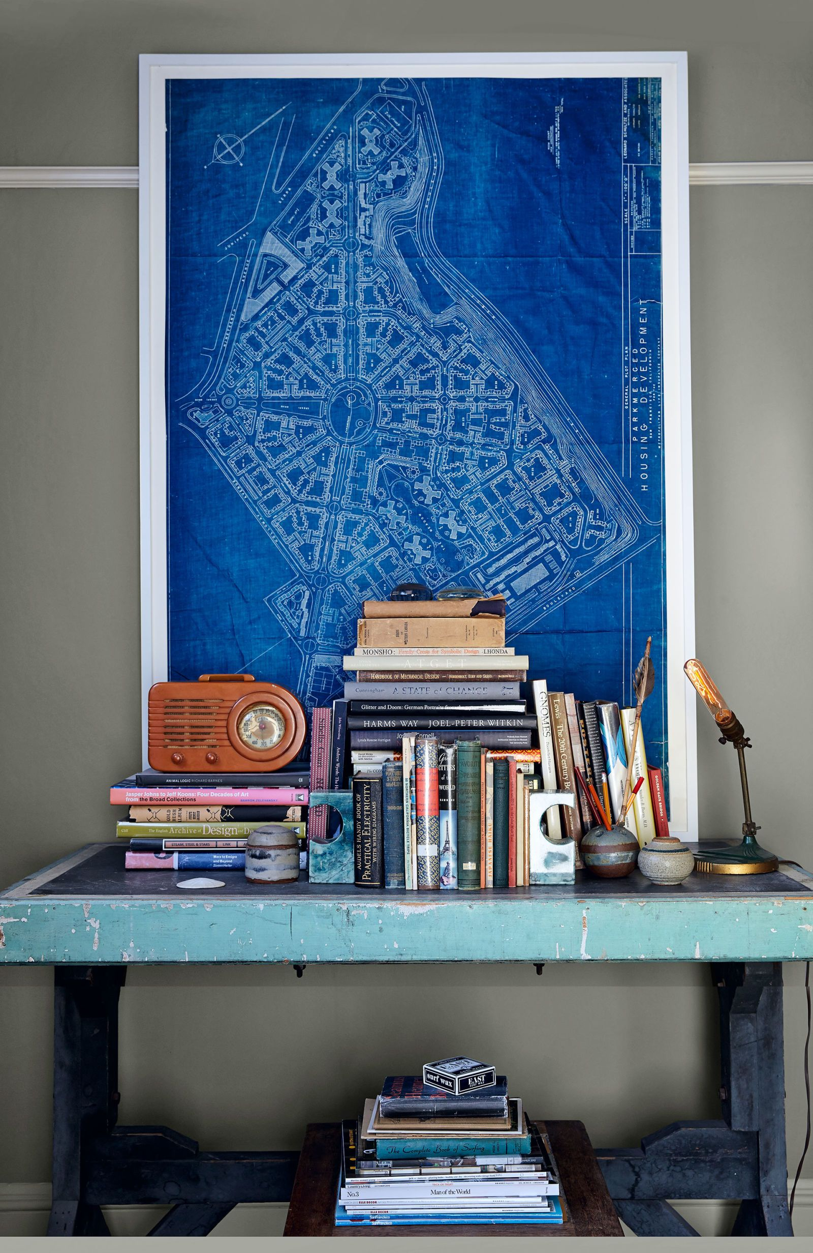 Rod Hipskind Vintage Decor Decorating Ideas Bedroom Wiring Diagram This Includes The Wall