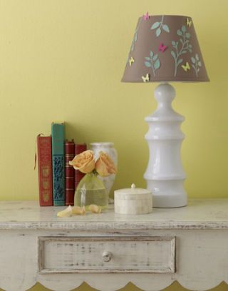 Quick and Easy Do-it-Yourself Lampshades