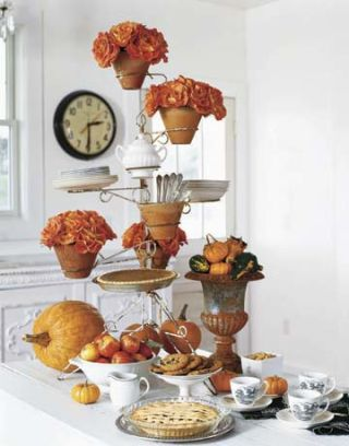 cake stand as centerpiece