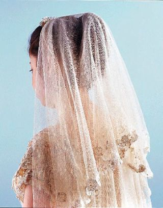 antique veil