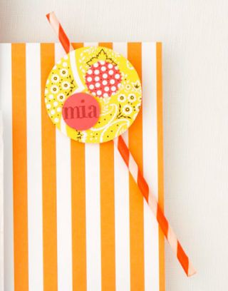 birthday party place card straw